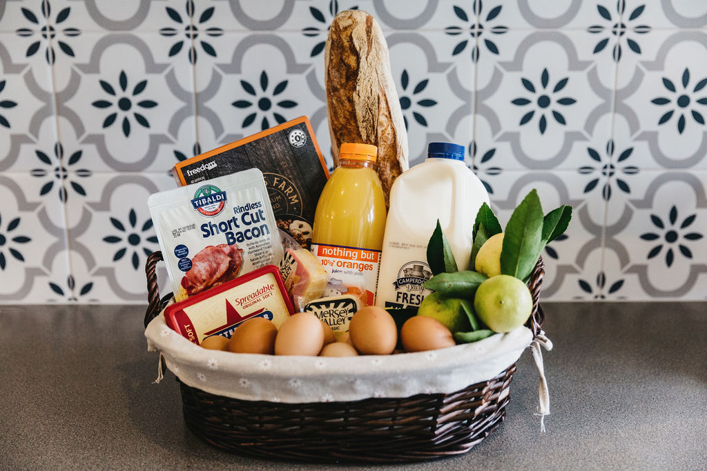 1000 Reasons B&B Breakfast Hampers
